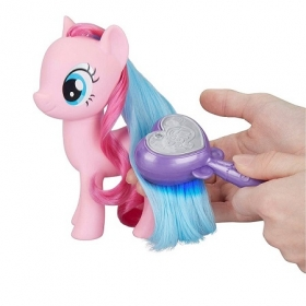 Hasbro My Little Ponyс прическами Салон Пинки пай